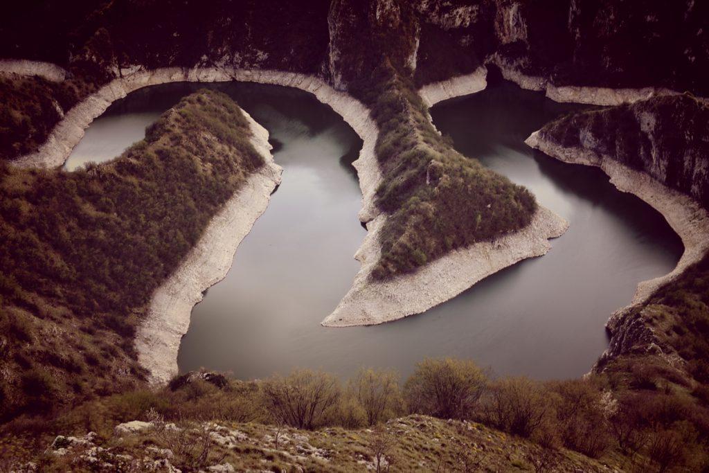 Меандрите на река Увац