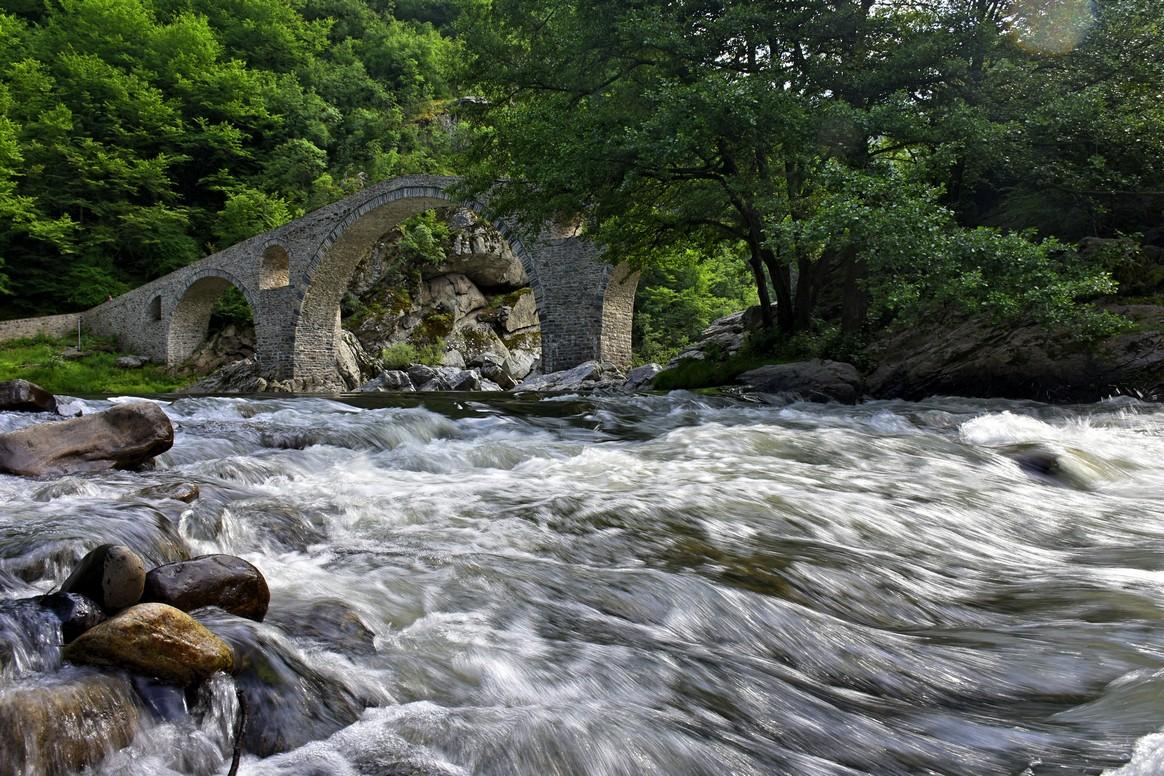дяволски мост