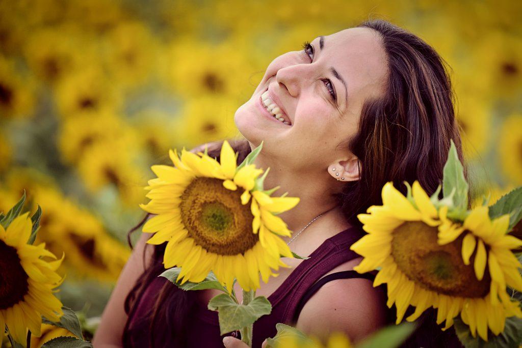 още слънчогледи и усмивки