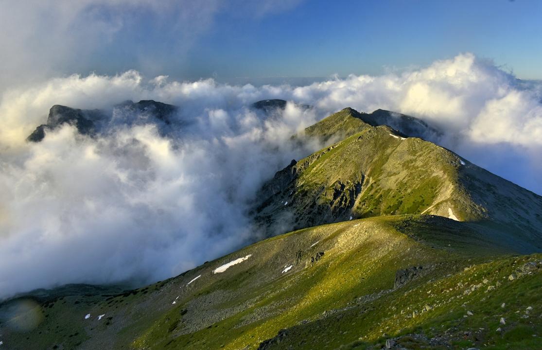 сутрешните мъгли на Мусала